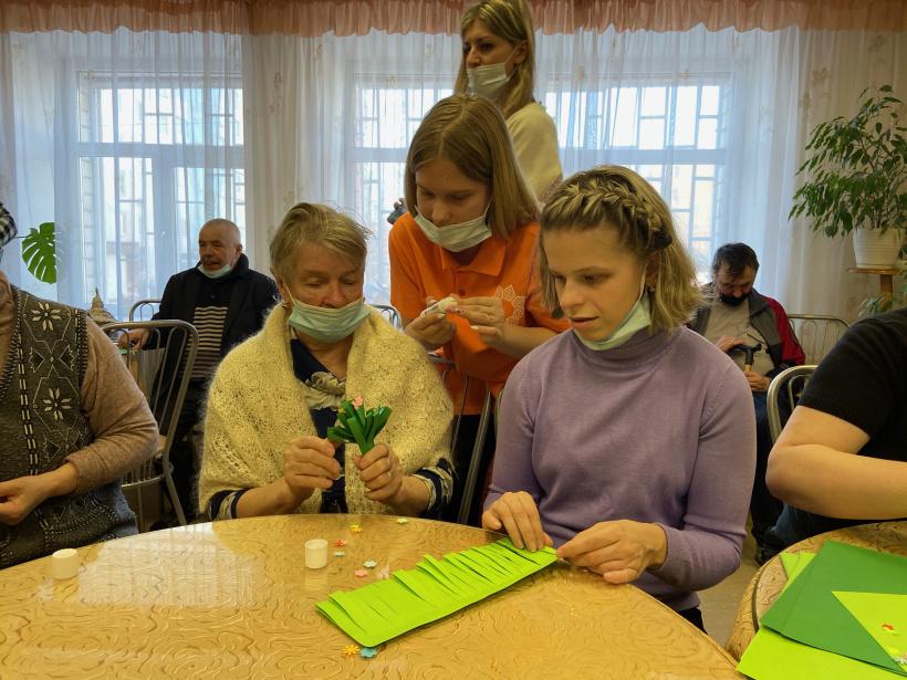 Добровольцы проводят реабилитацию людей с инвалидностью
